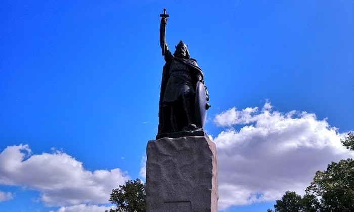 alfred the great: the honorable protector
